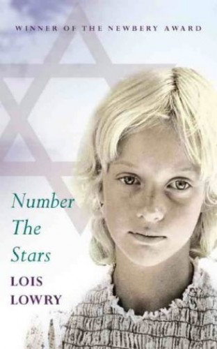 Number the Stars (Essential Modern Classics) By Lois Lowry
