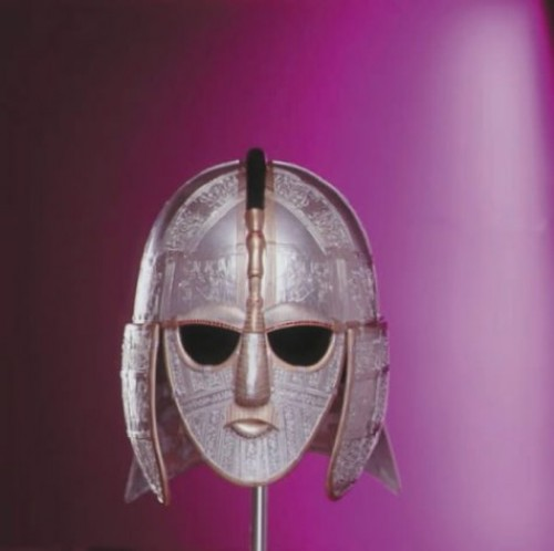 Sutton Hoo: The Anglo-Saxon Way of Life and Death By Paul Dowswell