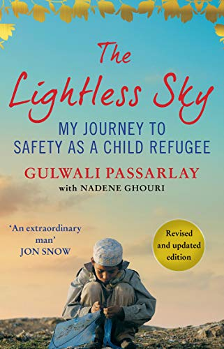 The Lightless Sky von Gulwali Passarlay