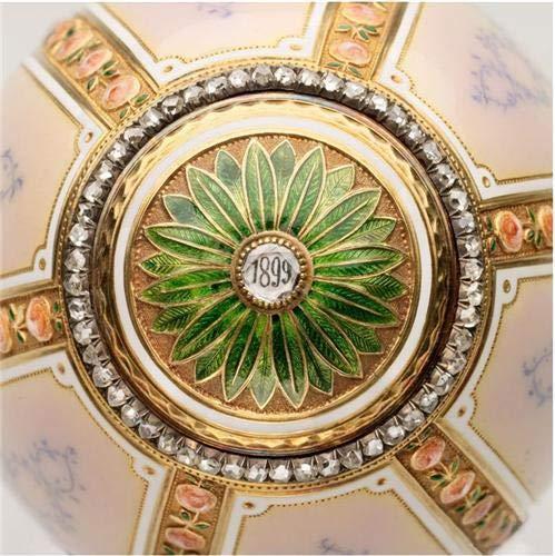 Royal Fabergé By Caroline de Guitaut