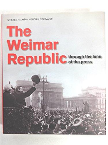 Weimar Republic in Press Photography By Konemann